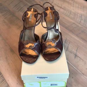 Max Studio Sylvia sandals